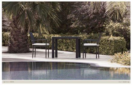 פינת אוכל לונה מראטן שולחן 90/90 + 4 כסאות ראטן איכותי - תצוגה