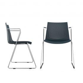 כסא טרקס עם ידיות